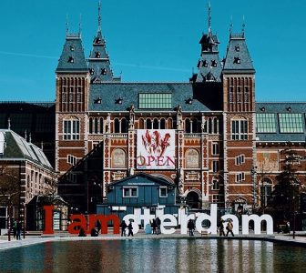 Rijksmuseum + Van Gogh Museum Skip-the-Line Guided Combo Tour – Private Tour in French