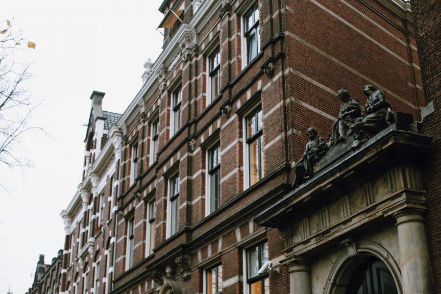 Guided-City-Amsterdam-Walking