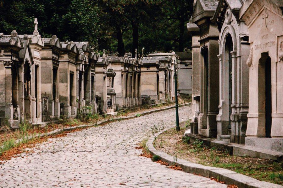 Jim-Paris-Tour-Père-Lachaise-Cemetery-Morrison