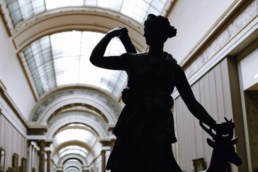 Milo-Guided-Lisa-Mona-Tour-Paris-Louvre-Museum